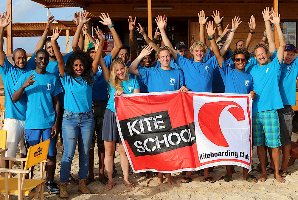 Gruppenbild des Teams des Kiteboarding Club Sal