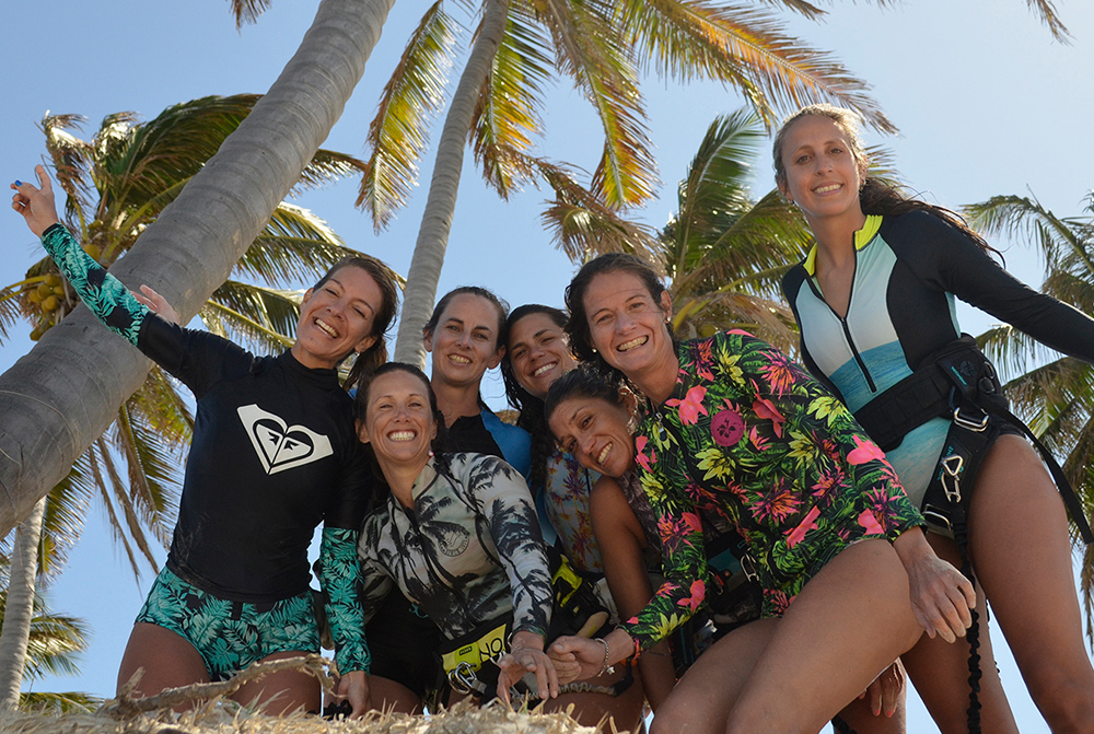 Kitesurf Girls at the kitesurf centre in Brazil in Parajuru